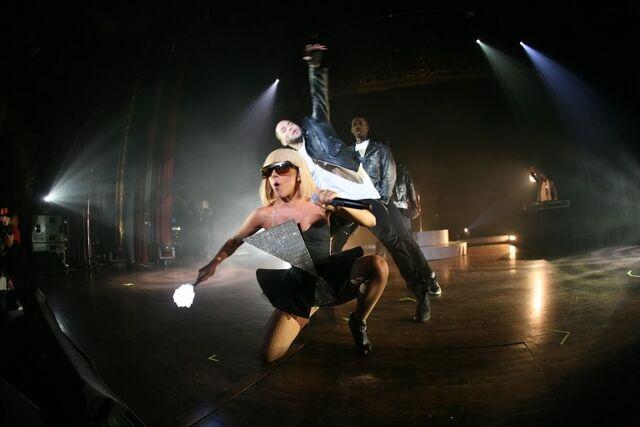 File:3-25-09 At Royal Oak Music Theatre 001.jpg