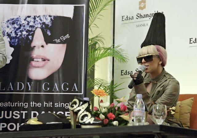 File:8-11-09 Press Conference 003.jpg