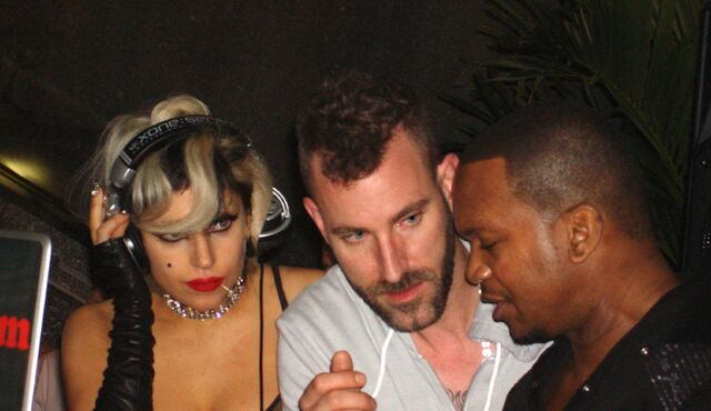 File:5-19-11 SNL Afterparty 002.jpg