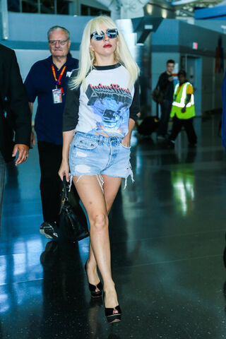 File:10-6-15 Arriving at JKF Airport in NYC 001.jpg