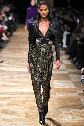 File:Balmain - Fall 2013 002.JPG