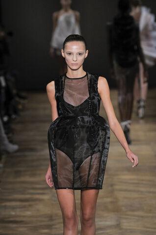 File:Amaya Arzuaga Spring 2011 Sheer Dress.jpg