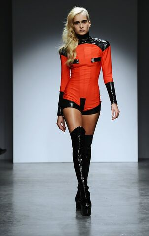 File:Pam Hogg Fall 2010 RTW Wool and Leather Ensemble.jpg