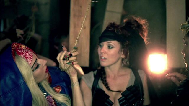 File:Lady Gaga - Judas 243.jpg