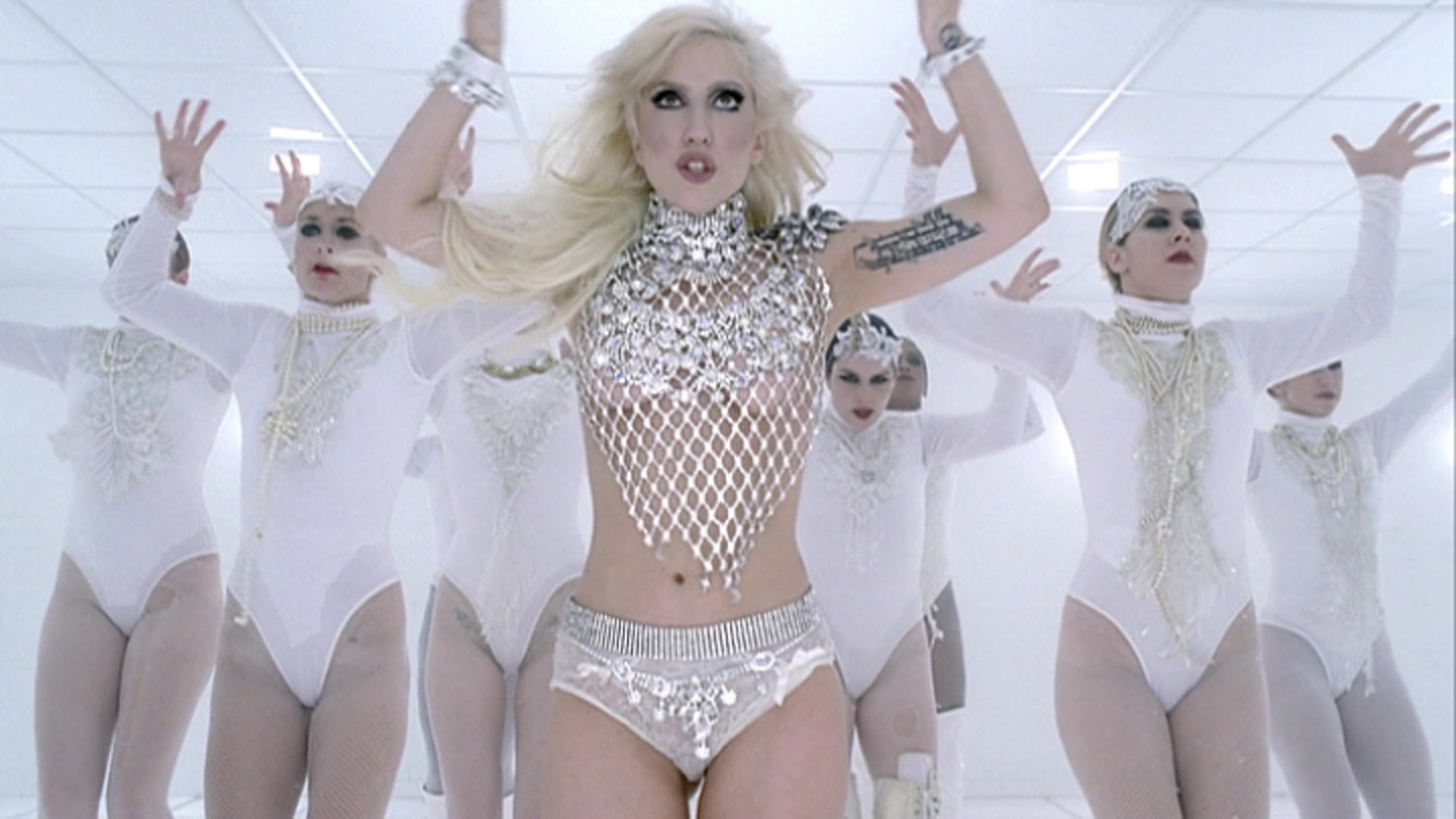 File:Lady Gaga - Bad Romance 024.jpg
