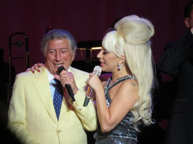 File:7-31-15 Cheek to Cheek Tour 002.jpeg