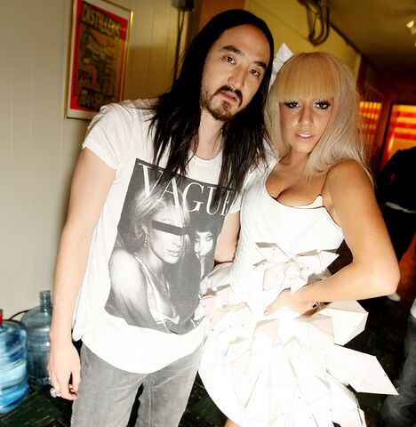File:12-9-08 Gaga on Puma's Birthday Party with Steve Aoki.jpg