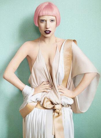File:Vogue-08.jpg
