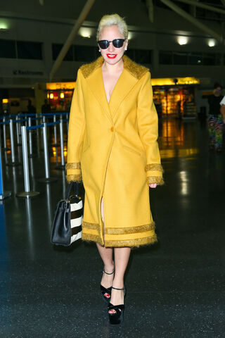 File:11-2-15 Arriving at JFK Airport in NYC 001.jpg