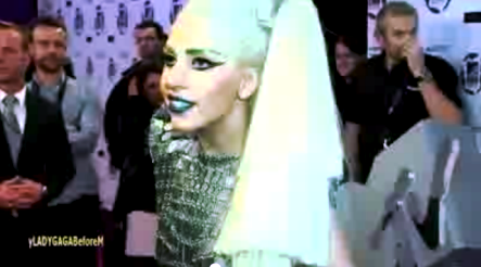 File:11-6-11 After MTV EMA Interview 001.png