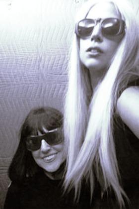 File:4-26-10 Vanity Fair Magazine - Backstage 002.JPEG