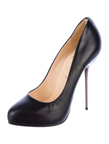 File:Christian Louboutin - Big Lips pump.jpg