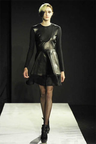 File:Mandy Coon Fall 2011 Dress.jpg