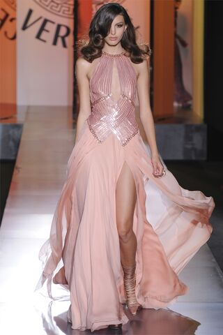 File:Atelier Versace - Fall 2012 - Pink powder gown.jpg
