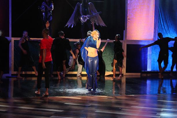 File:4-28-11 The Ellen DeGeneres Show Rehearsing 016.jpg