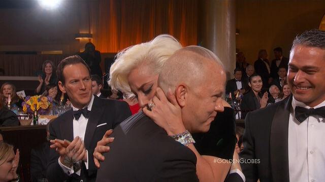 File:Golden Globes 2016 Live Screenshot 03.jpg