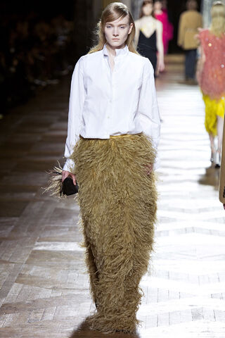 File:Dries Van Noten - Fall 2013 Collection.JPG