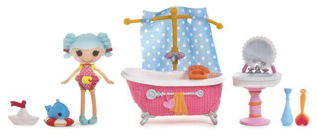 File:Mini Lalaloopsy - Marina Anchors' Bubble Fun - accessories.jpg