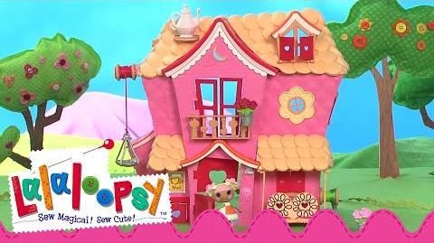 Mini Lalaloopsy Sew Sweet Playhouse
