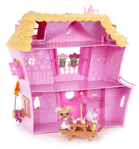 File:Mini Lalaloopsy - Sew Sweet Playhouse (2014 re-release) - inside look.jpg