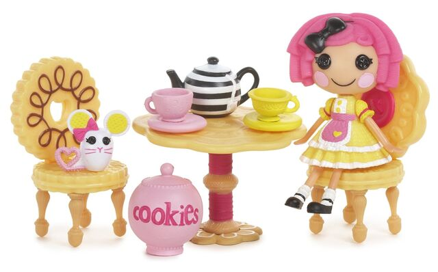 File:Mini Lalaloopsy - Crumbs' Tea Party.jpg