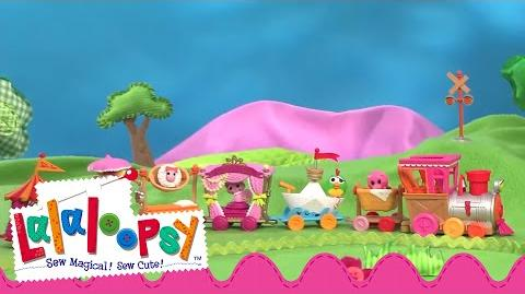 Mini Lalaloopsy Silly Pet Parade and Train