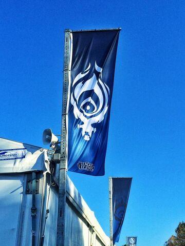File:Lucca Banner Teaser.jpg
