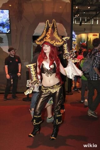 File:JAlbor Miss Fortune Gamescom Cosplay 1.jpg