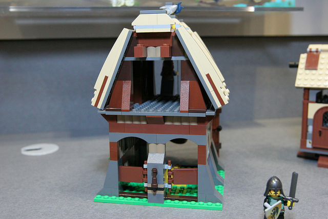 File:LEGO Toy Fair - Kingdoms - 7189 Mill Village Raid - 18.jpg