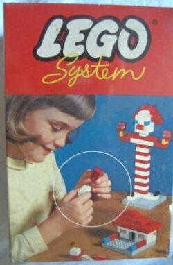 005-Basic Building Set in Cardboard