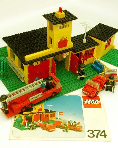 File:374 Fire Station 4.jpg