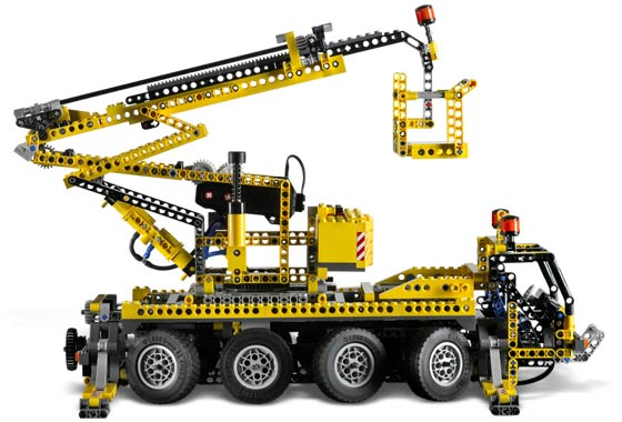 Lego 8421 Mobile Crane « New Heads on the Blog