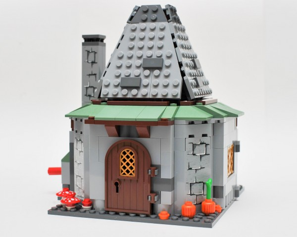 File:4738 Hagrids Hut.jpg