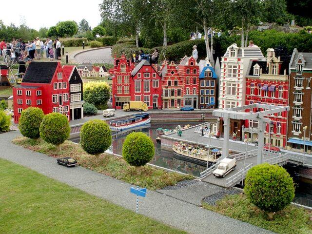 File:Lego Amsterdam 2.jpg