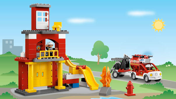 6168 la caserne des pompiers de duplo. Black Bedroom Furniture Sets. Home Design Ideas