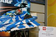 8093 Plo Koon's Starfighter 2