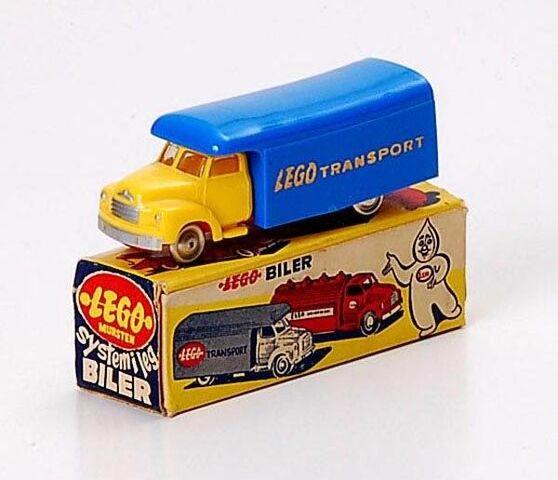 File:257 Bedford Delivery Truck.jpg