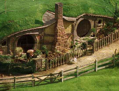 File:Hobbit hole.png
