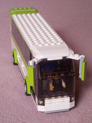 File:8404 bus.jpg