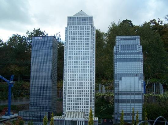 File:Legoland-canarywhard.jpeg