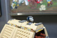 LEGO Toy Fair - Kingdoms - 7189 Mill Village Raid - 30