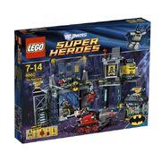 LEGO-Super-Heroes-Batcave