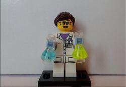 Female scientist(1)