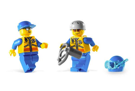 File:7726 Minifigures.jpg