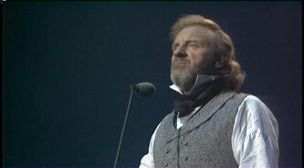 Les Miserables - 10th Anniversary Concert 1995 DVDRip 269 000176r
