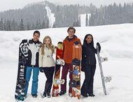 Cloud 9 Main Cast Photo