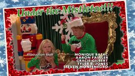 Liv and Artie Christmas Photos Joy To-A-Rooney 6