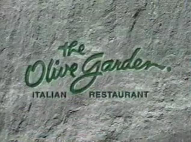 File:Olive Garden 1982.png