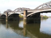 BarnesRailwayBridgeUpstream
