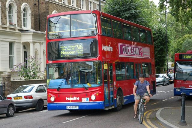 File:London Bus route 316.jpg